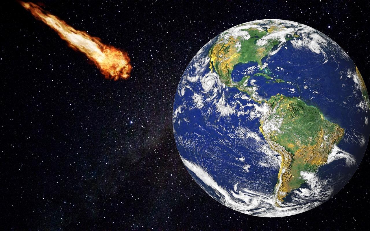 Jaký je rozdíl mezi Meteoroidem, Meteorem a Meteoritem?